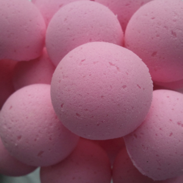 14 bath bombs in Plumeria fragrance, gift bag bath fizzies, great for dry skin, shea, cocoa, 7 ultra rich oils