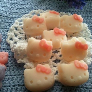 1 Handmade Gift Soap Kitty soaps 1-1/2 oz each ultra-rich Shea and Cocoa butter goats milk