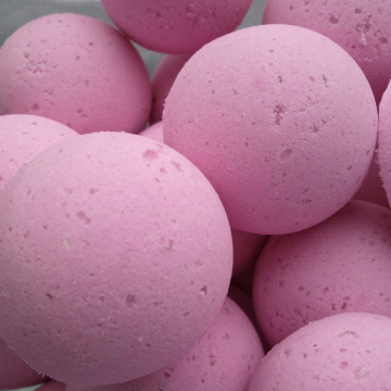 14 bath bombs in Black Raspberry Vanilla fragrance, gift bag bath fizzies, great for dry skin, shea, cocoa, 7 ultra rich oils