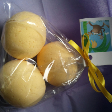 3 bath bombs 4 oz each (Monkey Farts) gift bag bath fizzies, great for kids...and adults too