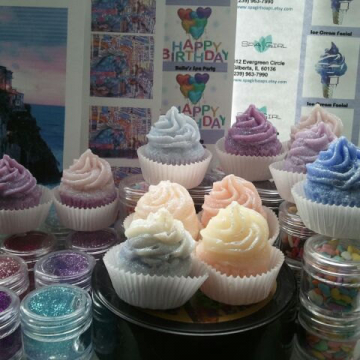 8 Glitter Cupcake Soaps (1.25 oz) assorted colors and fragrances