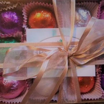 Gift Set with 12 Luxury Bath Bombs Best Sellers - foil wrapped 1.6 oz bath bombs, perfect for gift giving or keeping for yourself